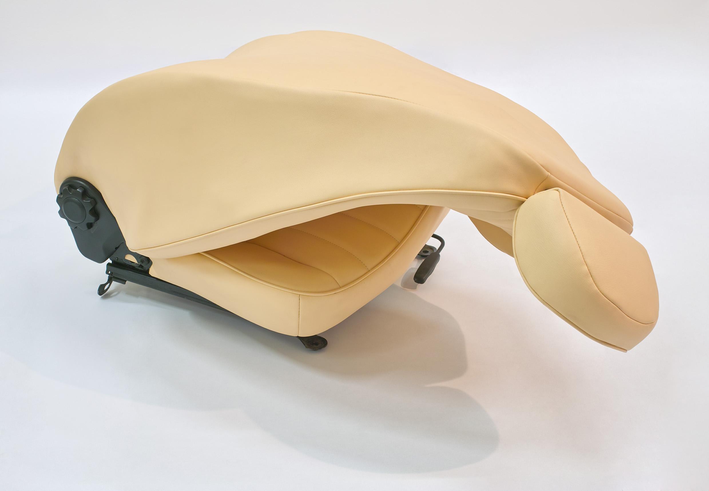 Ewa Axelrad, Warm Leatherette