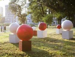 Dyskusja o sztuce współczesnej w przestrzeni publicznej Torunia