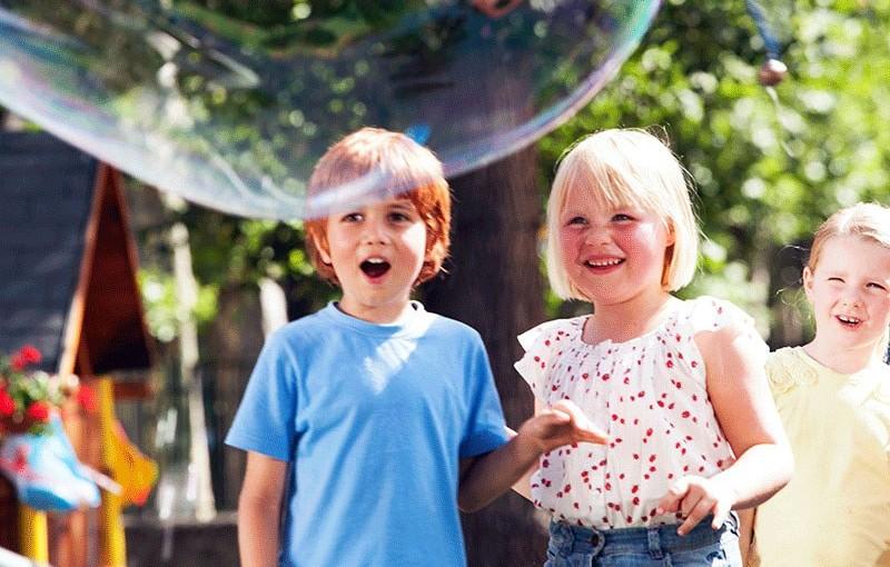 Kadr z filmu Kacper i Emma - najlepsi przyjaciele