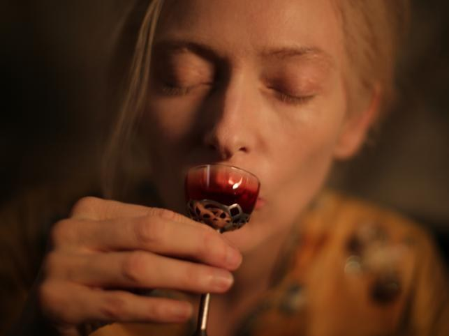 Kadr z filmu Tylko kochankowie przeżyją