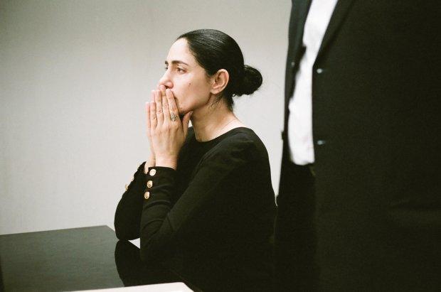 Kadr z filmu Viviane chce się rozwieść