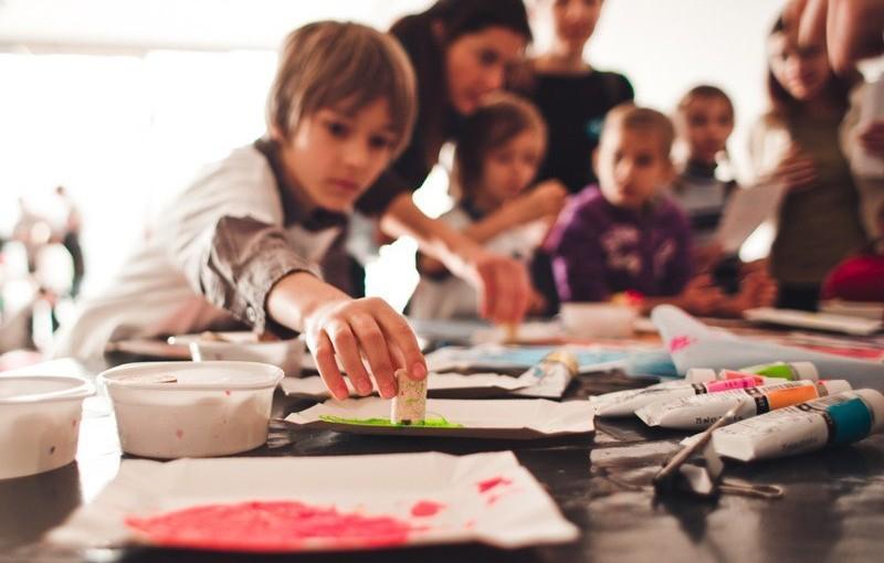 Zdjęcie warsztaty edukacyjne w CSW fot. Natalia Miedziak
