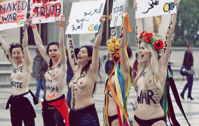 Aktywistki FEMEN by joparis @Flickr