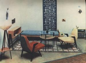 D. Kowalska, R. Lisowski, zestaw mebli na Ogólnopolskim Salonie Architektury Wnętrz w Krakowie, 1958.